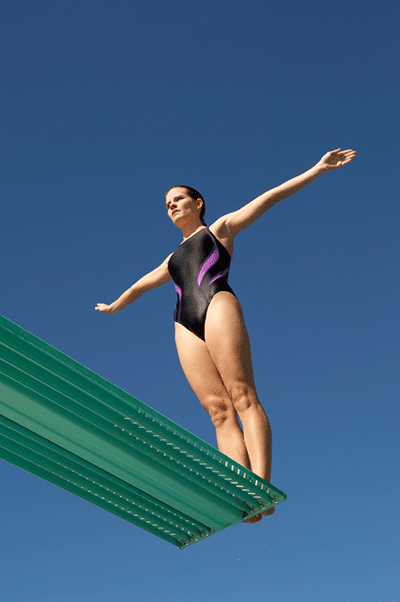 A preview image for the article: Photographing Swimming and Diving