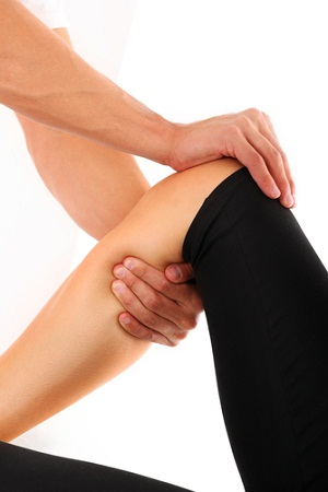 Seek advice from trainers to prevent a torn ACL injury